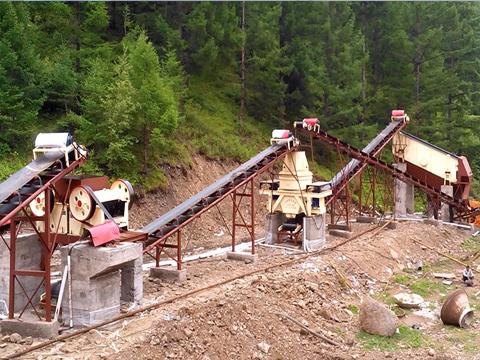 日产3000吨鹅卵石制砂生产线配置
