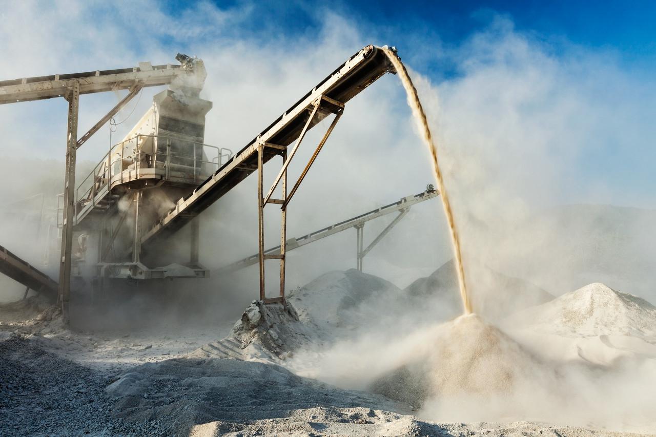 砂石生产线新型制砂机成套设备有哪些?